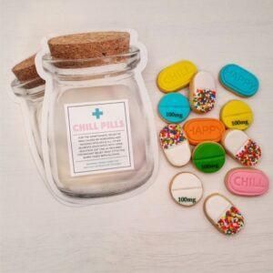 Chill Pills: 12 Delicious Vanilla Bean Cookies